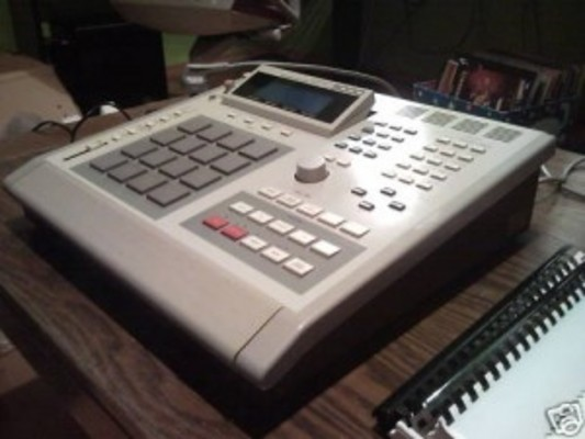 Product picture Akai MPC 3000 Drumkit HQ 60+MB
